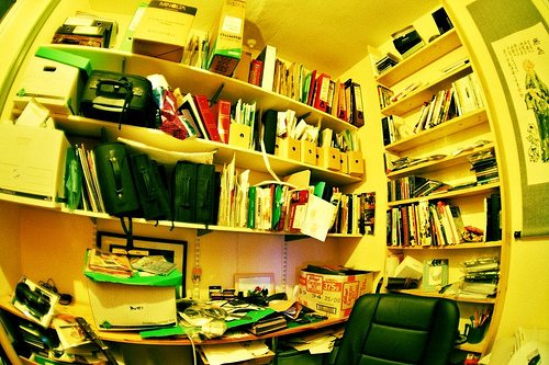 clutter design 12 Avoidable Interior Design Mistake