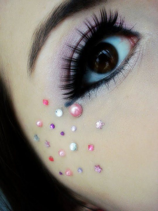 Absolutely Amazing Eye Makeup Designs - Designs Mag
