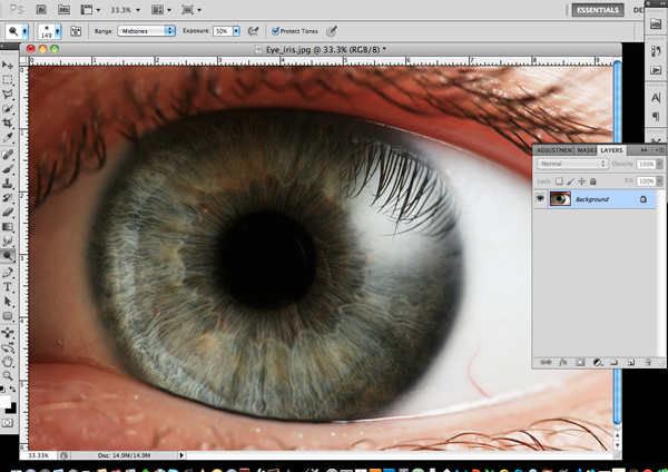 How To Make an Eerie Eye by Designsmag