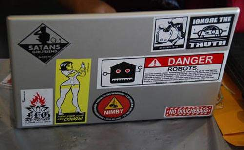 Laptop Designs - Jedibook w/ Technorati sticker