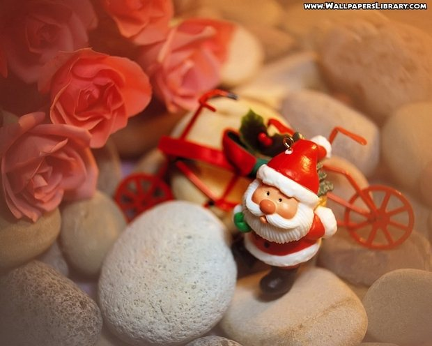santa-wallpapers-designsmag-christmas-2012-images-45