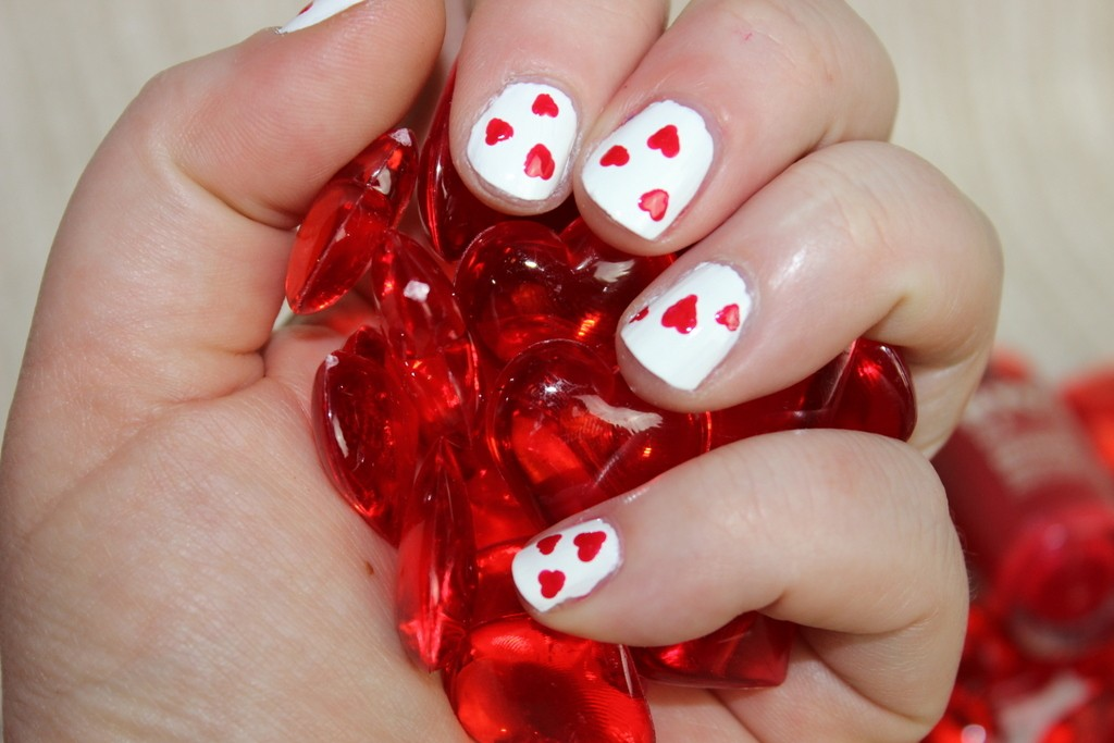 60 Incredible Valentines Day Nail Art Designs For 2015 Page 2