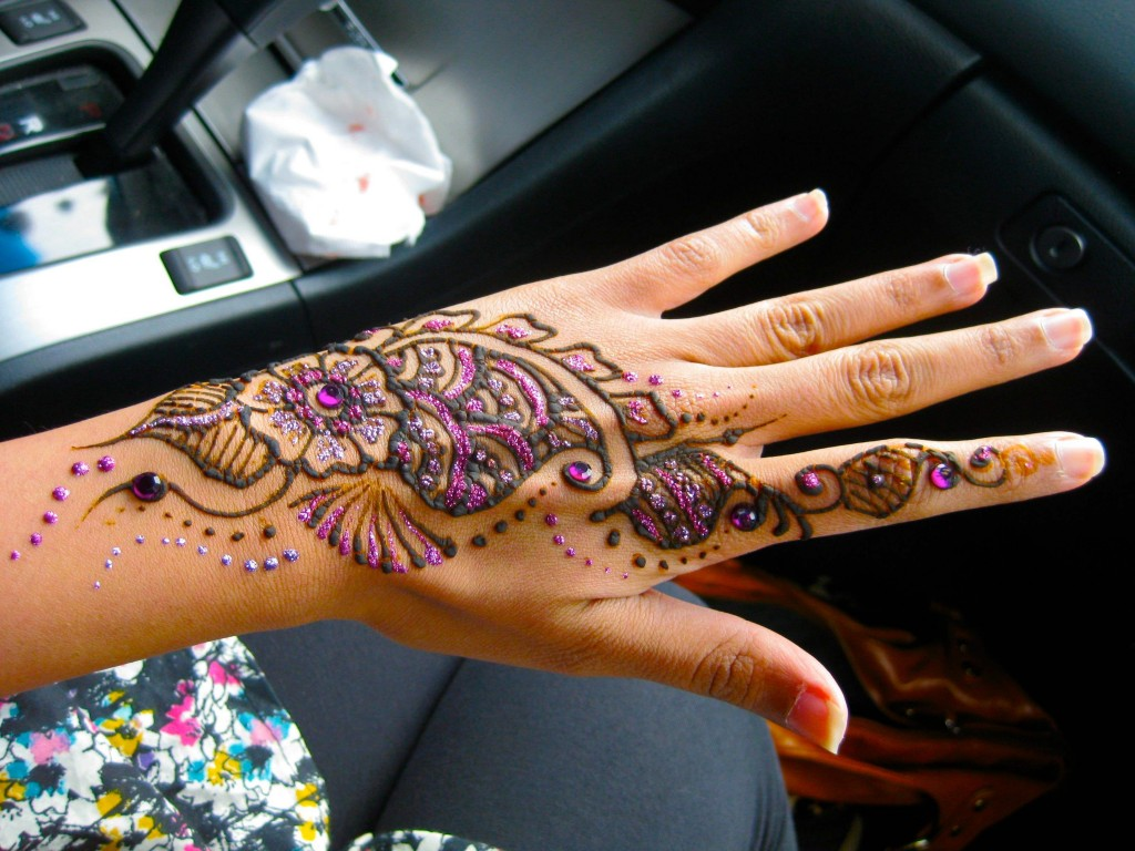 Chand-Raat-Mehndi-Designs11