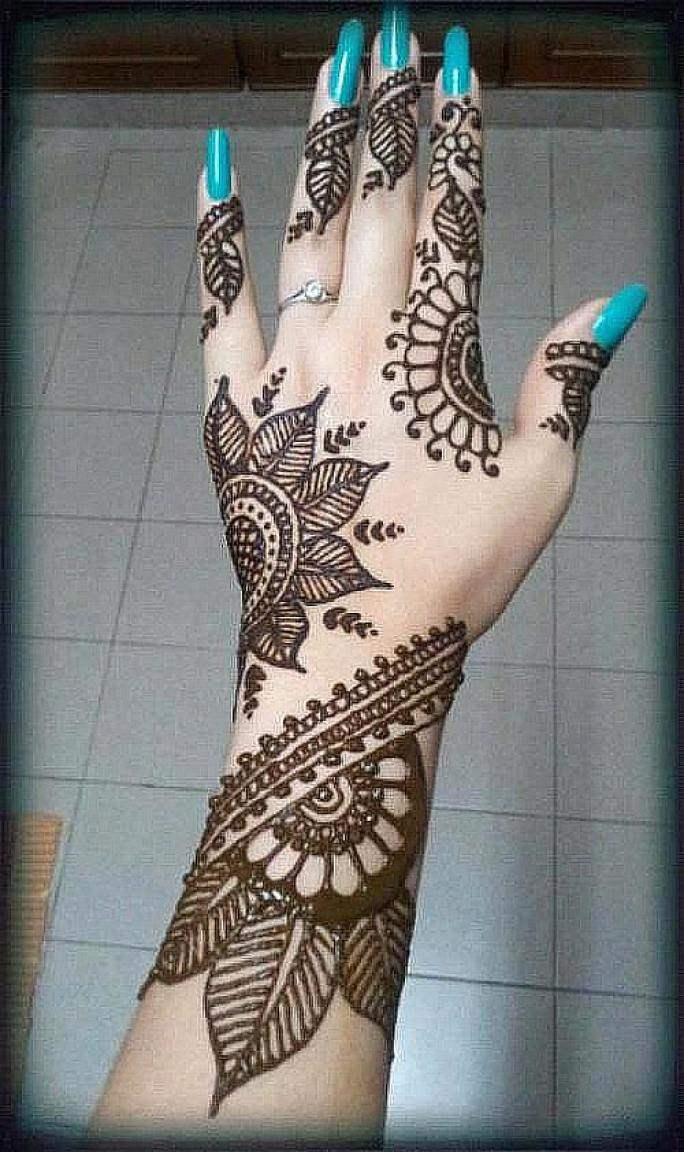 Mehndi Hands New : Latest and unique henna designs