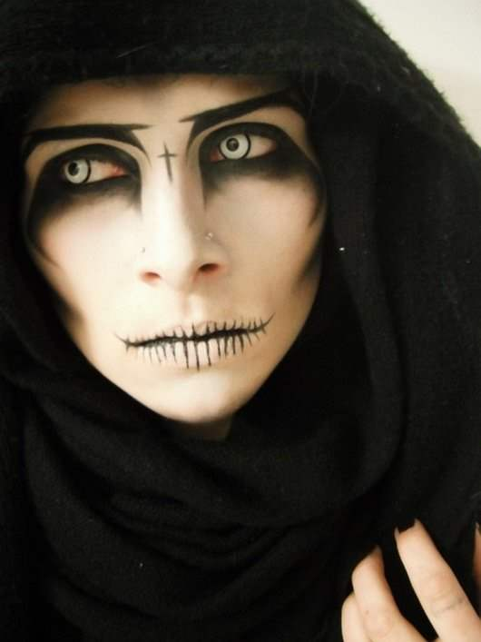 Halloween Face Painting Ideas for men women and kids - Ladies Halloween Face Paint