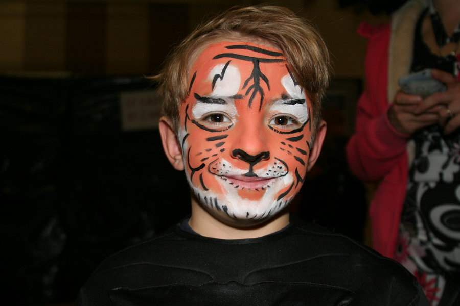 halloween-face-painting-idea-2015-designsmag-images-21
