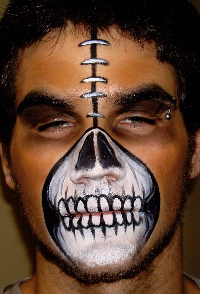 halloween-face-painting-idea-2015-designsmag-images-23