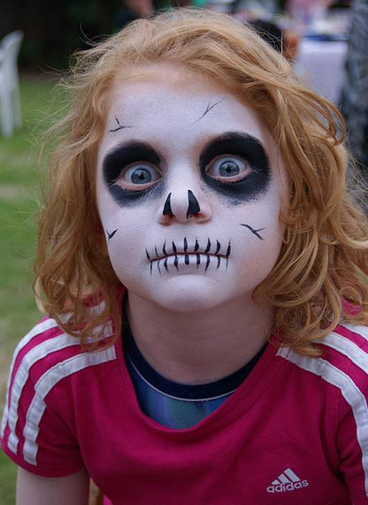 halloween-face-painting-idea-2015-designsmag-images-28