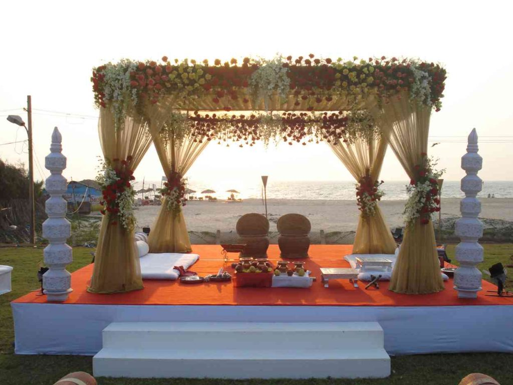 indian-wedding-mandap-decoration-ideas-3