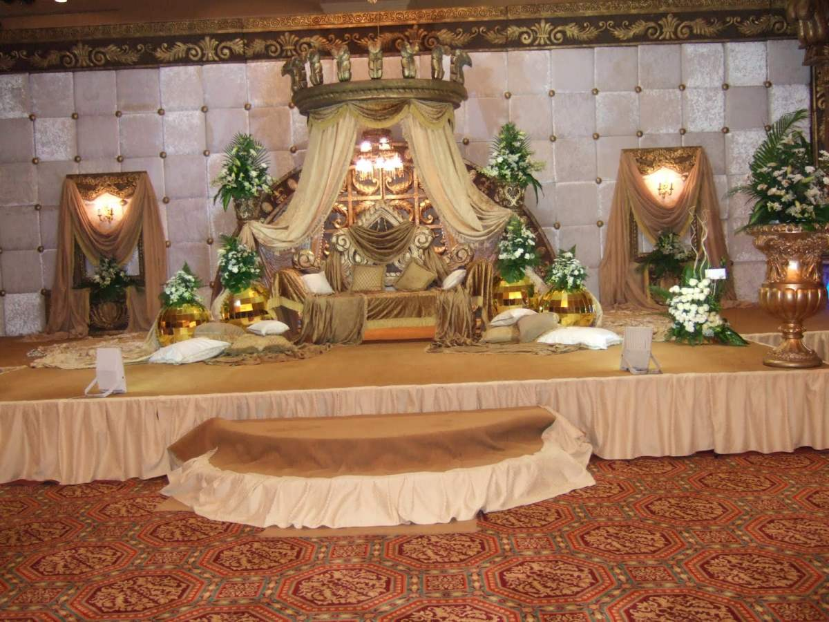 Indian wedding decoration ideas important 5 factor to consider page 6 wedding stage decoration ideas junglespirit Gallery