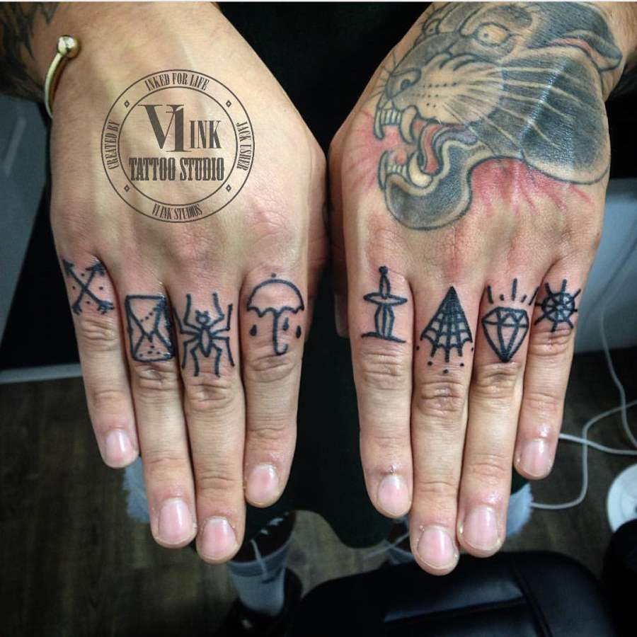 Tattoos Icons on Finger