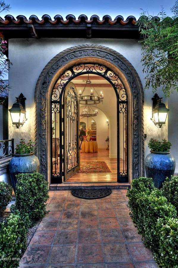 35 stunning modern main gate design for home decoration page 6 for Beautiful home entrance design