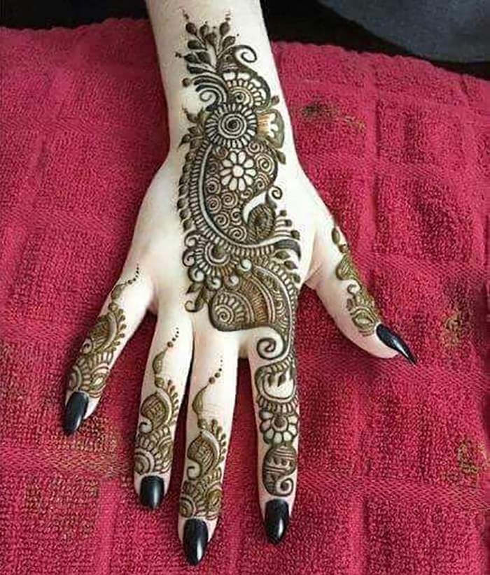 [Latest Updated] 60+ Simple And Easy Mehndi Designs For Eid 2017