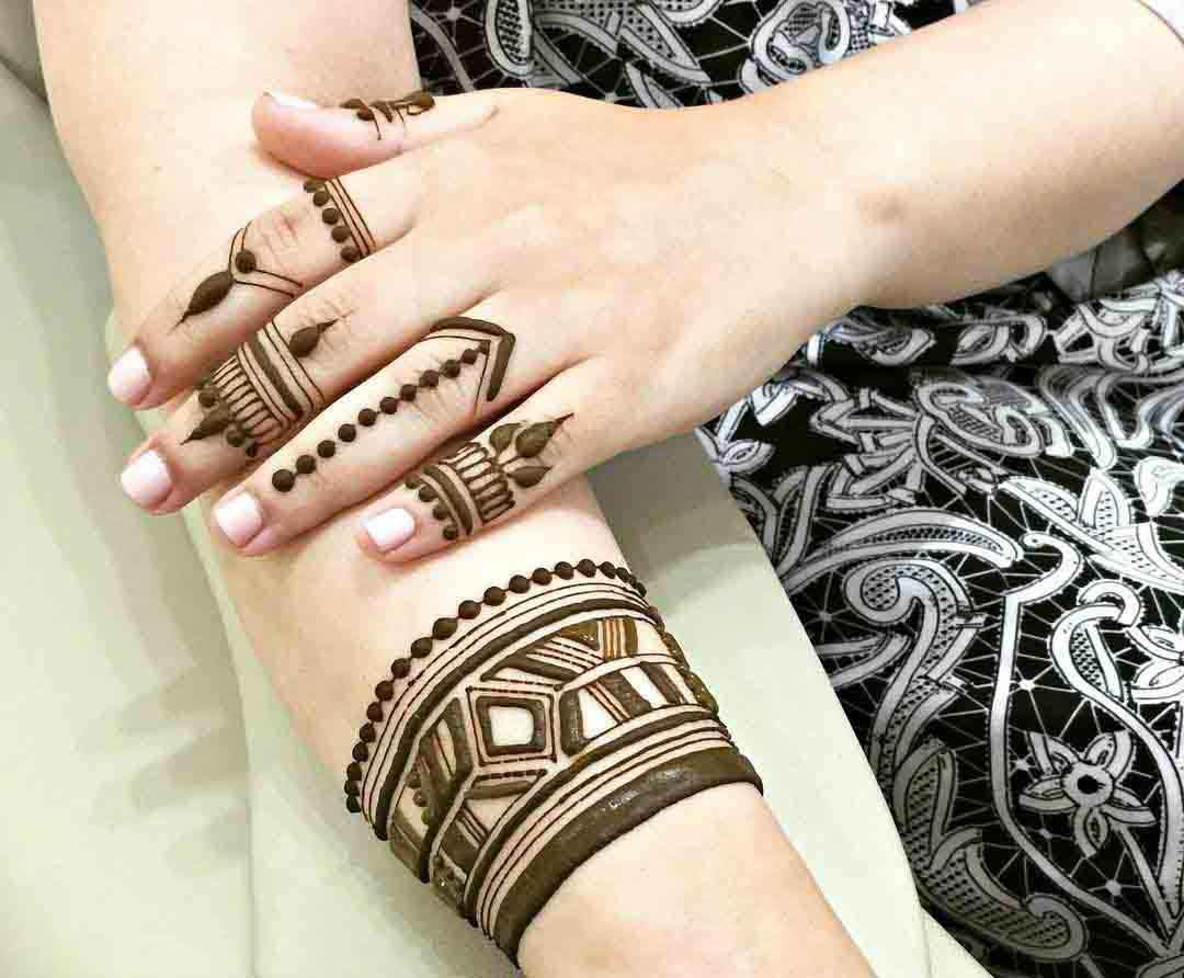 [Latest Updated] 60+ Simple and Easy Mehndi Designs for ...  [Latest Updated...